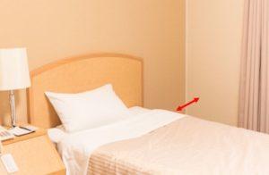 寝返りが打ちやすいベッドの配置